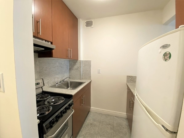 Studio, Gramercy Park Rental in NYC for $2,169 - Photo 2
