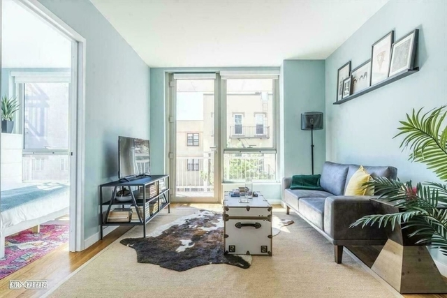 1 Bedroom, Greenpoint Rental in NYC for $3,720 - Photo 1