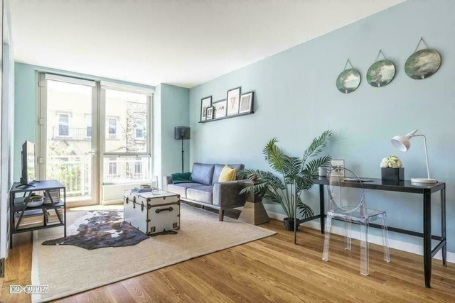 1 Bedroom, Greenpoint Rental in NYC for $3,720 - Photo 2