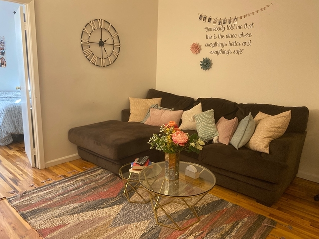 2 Bedrooms, Yorkville Rental in NYC for $2,527 - Photo 1