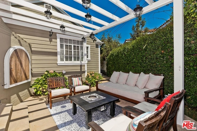 2 Bedrooms, Cheviot Hills Rental in Los Angeles, CA for $6,495 - Photo 1