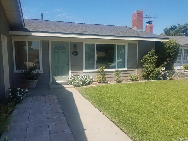 3 Bedrooms, San Bernardino Rental in Los Angeles, CA for $2,650 - Photo 2
