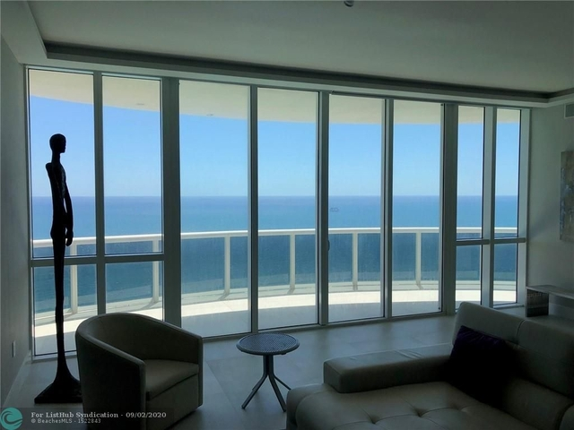 3 Bedrooms, Tatum's Ocean Beach Park Rental in Miami, FL for $12,000 - Photo 1