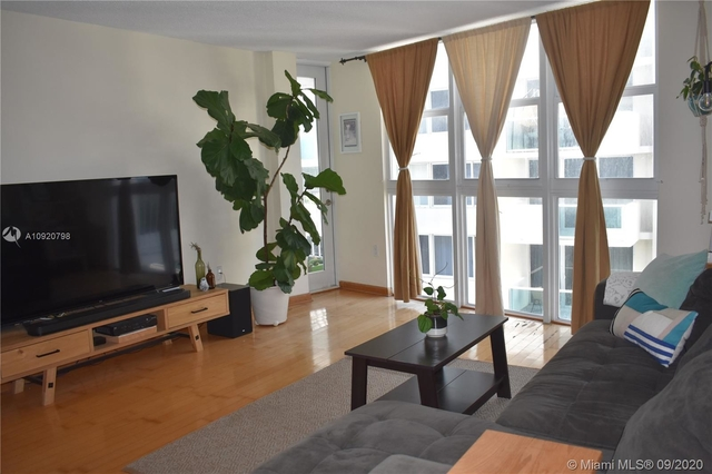 1 Bedroom, West Avenue Rental in Miami, FL for $1,800 - Photo 1