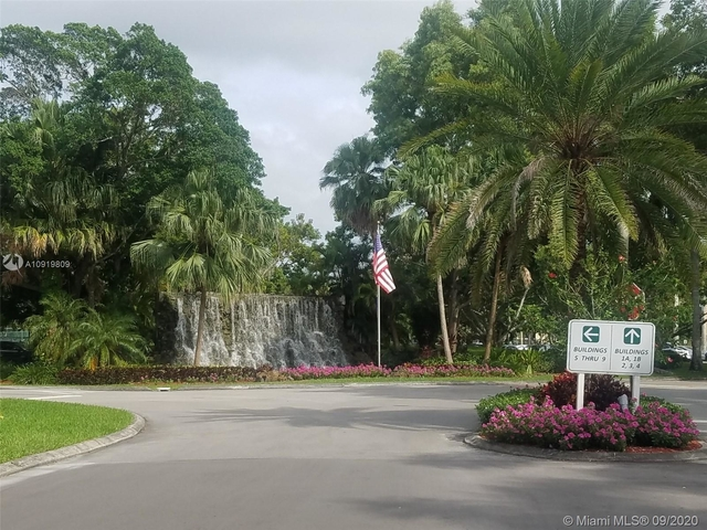 2 Bedrooms, Country Club Apartments at Bonaventure Rental in Miami, FL for $2,500 - Photo 1