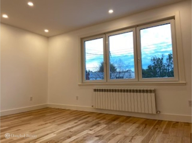 3 Bedrooms, Middle Village Rental in NYC for $2,550 - Photo 2