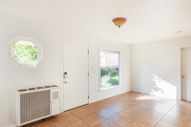 2 Bedrooms, Pico Rental in Los Angeles, CA for $2,895 - Photo 2