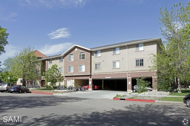 3 Bedrooms, University North Rental in Fort Collins, CO for $1,795 - Photo 1