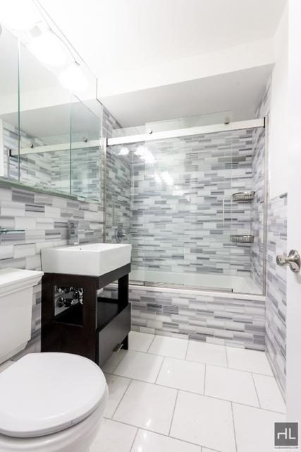 3 Bedrooms, Chelsea Rental in NYC for $5,830 - Photo 2