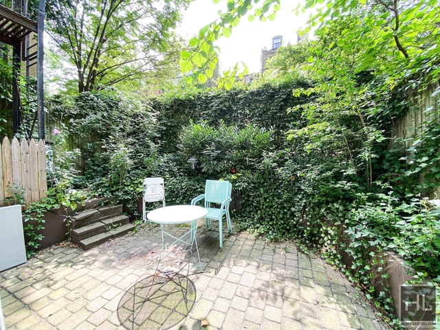 3 Bedrooms, Chelsea Rental in NYC for $5,830 - Photo 1