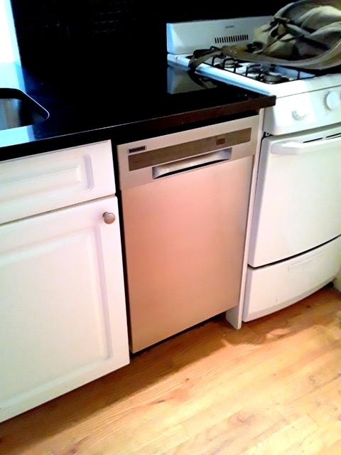 2 Bedrooms, Kips Bay Rental in NYC for $3,395 - Photo 2