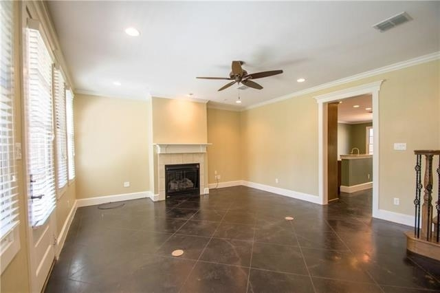 2 Bedrooms, Fort Worth Rental in Dallas for $2,550 - Photo 2