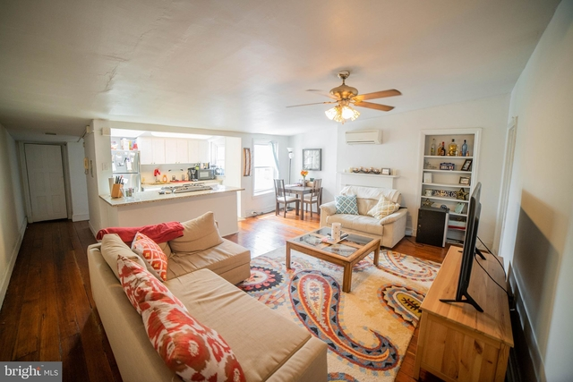 2 Bedrooms, Rittenhouse Square Rental in Philadelphia, PA for $2,000 - Photo 2