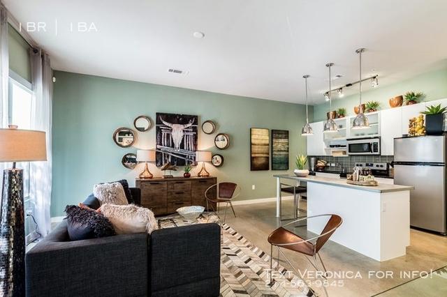 1 Bedroom, Van Zandt Park Rental in Dallas for $1,335 - Photo 2
