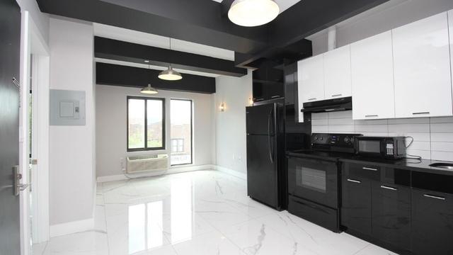 3 Bedrooms, Weeksville Rental in NYC for $2,525 - Photo 1