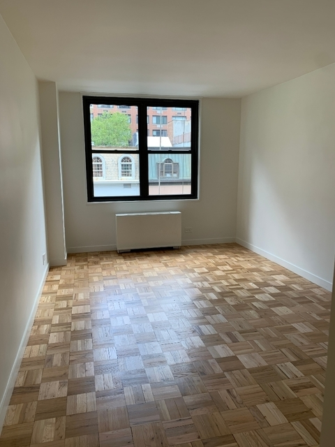 1 Bedroom, Turtle Bay Rental in NYC for $3,675 - Photo 1