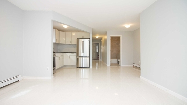 3 Bedrooms, Bedford-Stuyvesant Rental in NYC for $2,750 - Photo 2