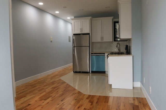 3 Bedrooms, Crown Heights Rental in NYC for $2,699 - Photo 1