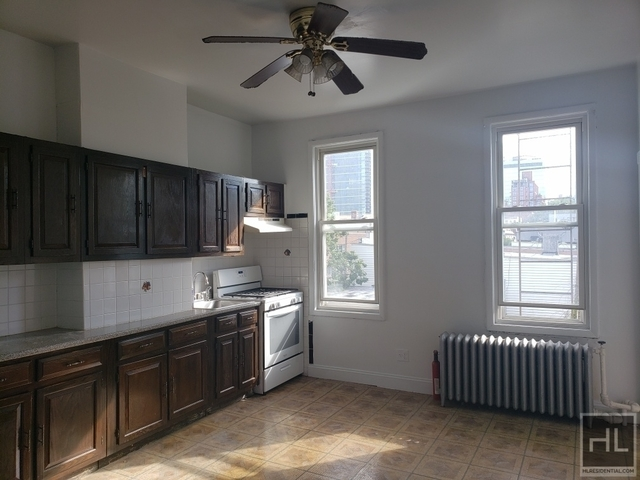 2 Bedrooms, Long Island City Rental in NYC for $2,600 - Photo 2