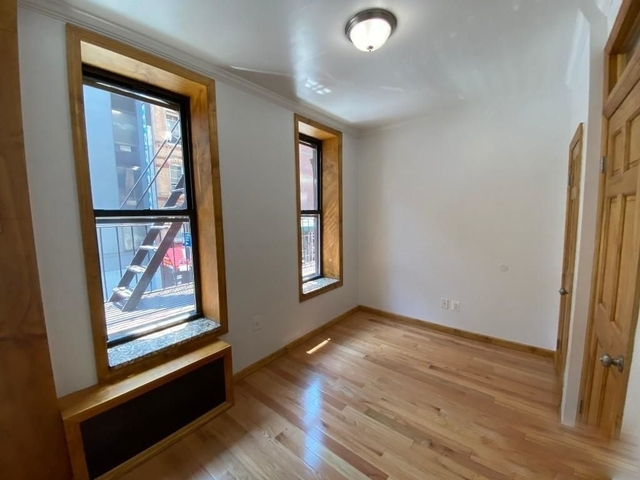 2 Bedrooms, Lower East Side Rental in NYC for $2,700 - Photo 1