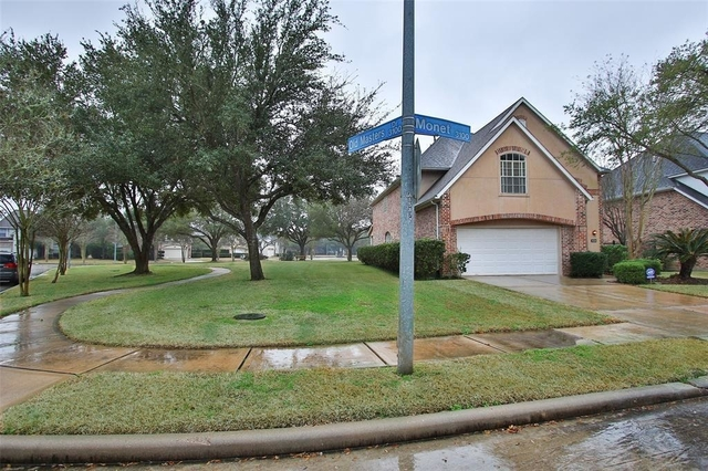 3 Bedrooms, Austin Park Courtyard Rental in Houston for $2,475 - Photo 2