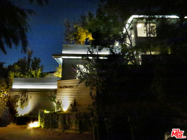 3 Bedrooms, Hollywood United Rental in Los Angeles, CA for $6,500 - Photo 2