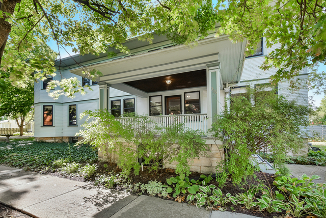5 Bedrooms, Lisle Rental in Chicago, IL for $3,400 - Photo 1