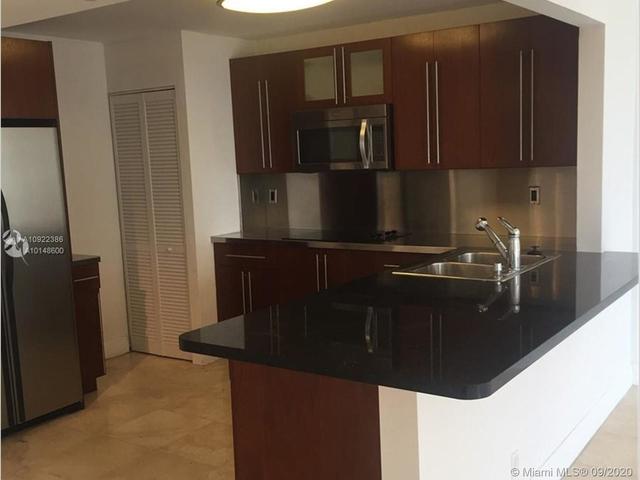 1 Bedroom, Millionaire's Row Rental in Miami, FL for $2,100 - Photo 2