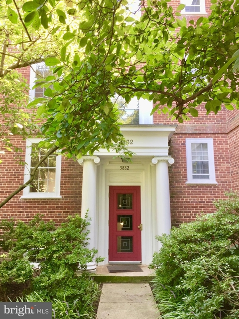 2 Bedrooms, McLean Gardens Rental in Washington, DC for $2,950 - Photo 1