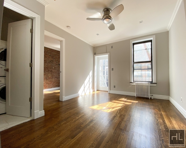 2 Bedrooms, Gramercy Park Rental in NYC for $3,420 - Photo 2