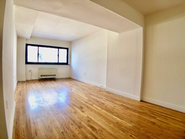 Studio, Gramercy Park Rental in NYC for $2,543 - Photo 2
