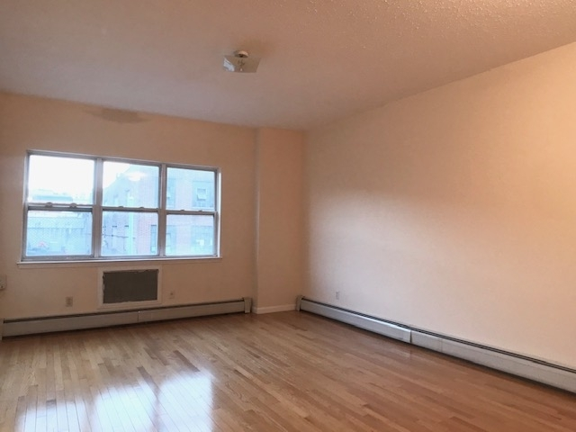3 Bedrooms, Prospect Heights Rental in NYC for $4,200 - Photo 2