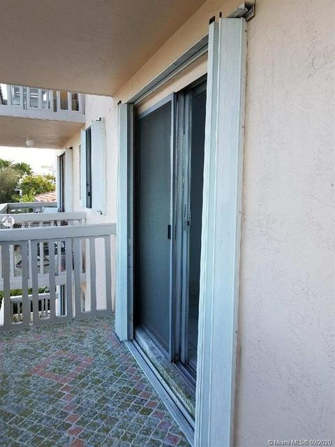 1 Bedroom, Altos Del Mar South Rental in Miami, FL for $1,450 - Photo 2