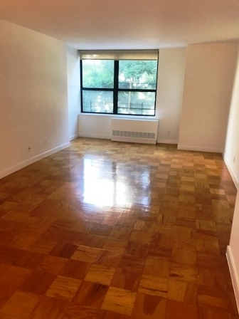 3 Bedrooms, Upper West Side Rental in NYC for $5,667 - Photo 1