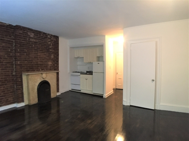 Studio, Lenox Hill Rental in NYC for $1,800 - Photo 2