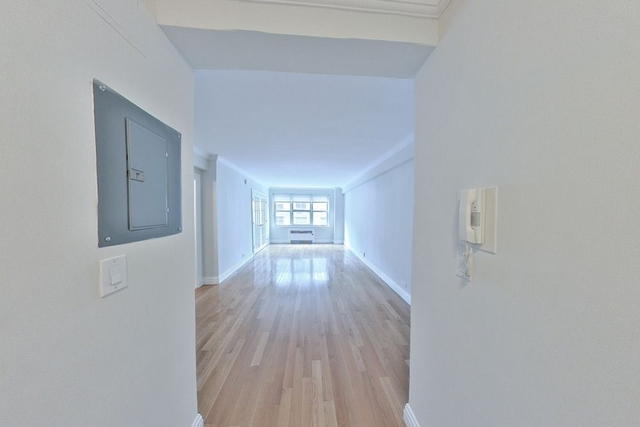 1 Bedroom, Murray Hill Rental in NYC for $2,912 - Photo 1