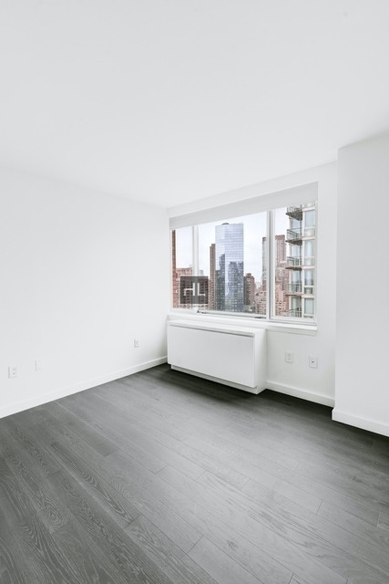 2 Bedrooms, Lincoln Square Rental in NYC for $6,678 - Photo 2