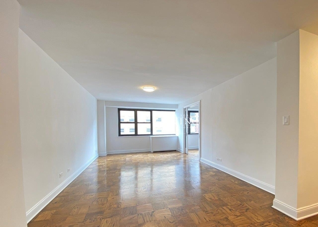 1 Bedroom, Gramercy Park Rental in NYC for $4,200 - Photo 2