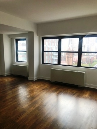 4 Bedrooms, Yorkville Rental in NYC for $9,046 - Photo 1