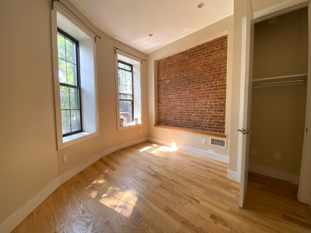 4 Bedrooms, Bushwick Rental in NYC for $3,325 - Photo 2