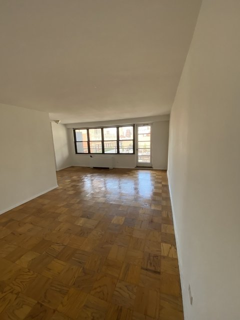 Studio, Yorkville Rental in NYC for $2,433 - Photo 1