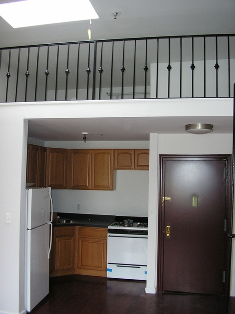1 Bedroom, East Williamsburg Rental in NYC for $2,250 - Photo 2