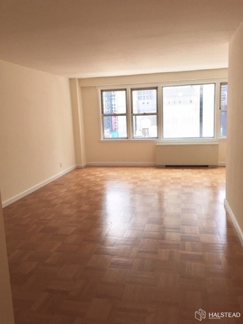 Studio, Hell's Kitchen Rental in NYC for $2,062 - Photo 1