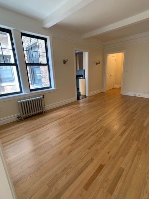 2 Bedrooms, Carnegie Hill Rental in NYC for $5,495 - Photo 1