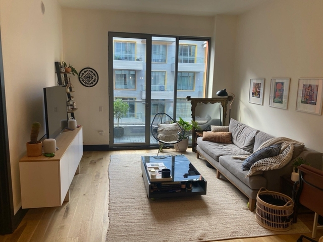 1 Bedroom, Bushwick Rental in NYC for $2,875 - Photo 2