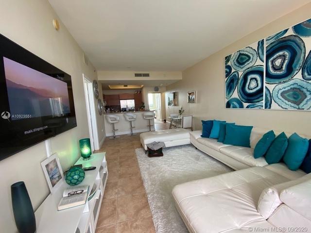 2 Bedrooms, Sawgrass Mills Rental in Miami, FL for $2,300 - Photo 2