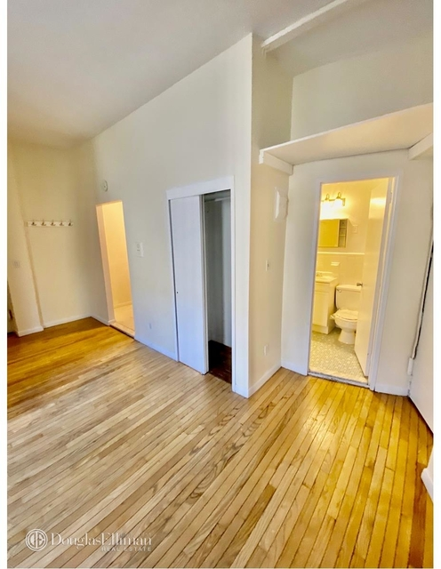 1 Bedroom, Lincoln Square Rental in NYC for $2,150 - Photo 2