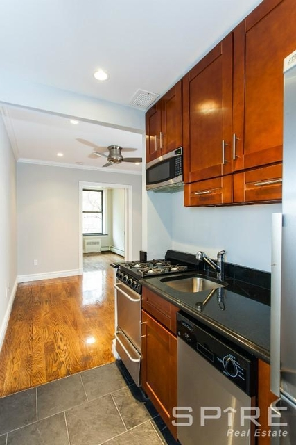 3 Bedrooms, Alphabet City Rental in NYC for $4,281 - Photo 1