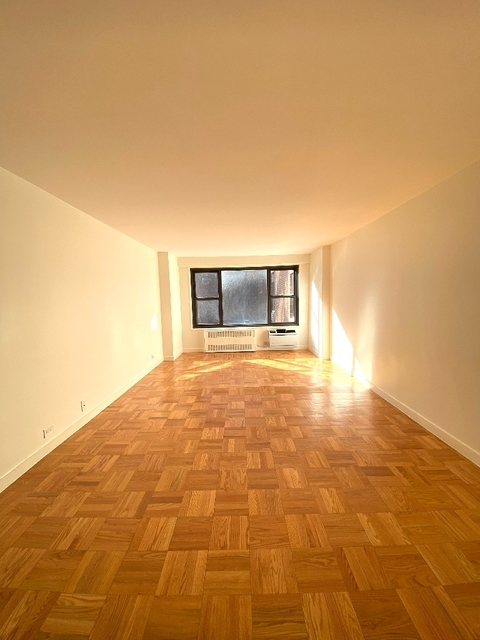 1 Bedroom, Greenwich Village Rental in NYC for $4,600 - Photo 2