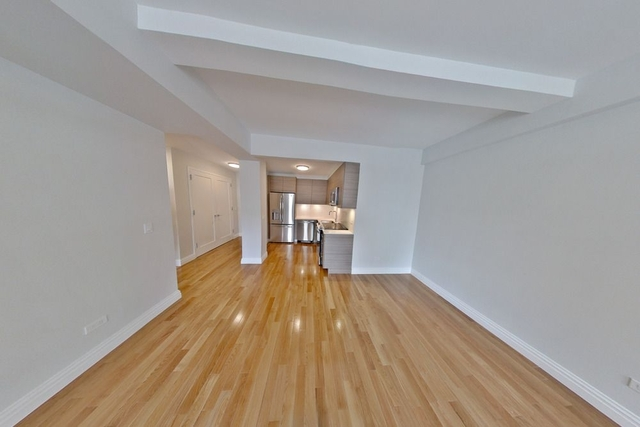 1 Bedroom, Lincoln Square Rental in NYC for $5,167 - Photo 2